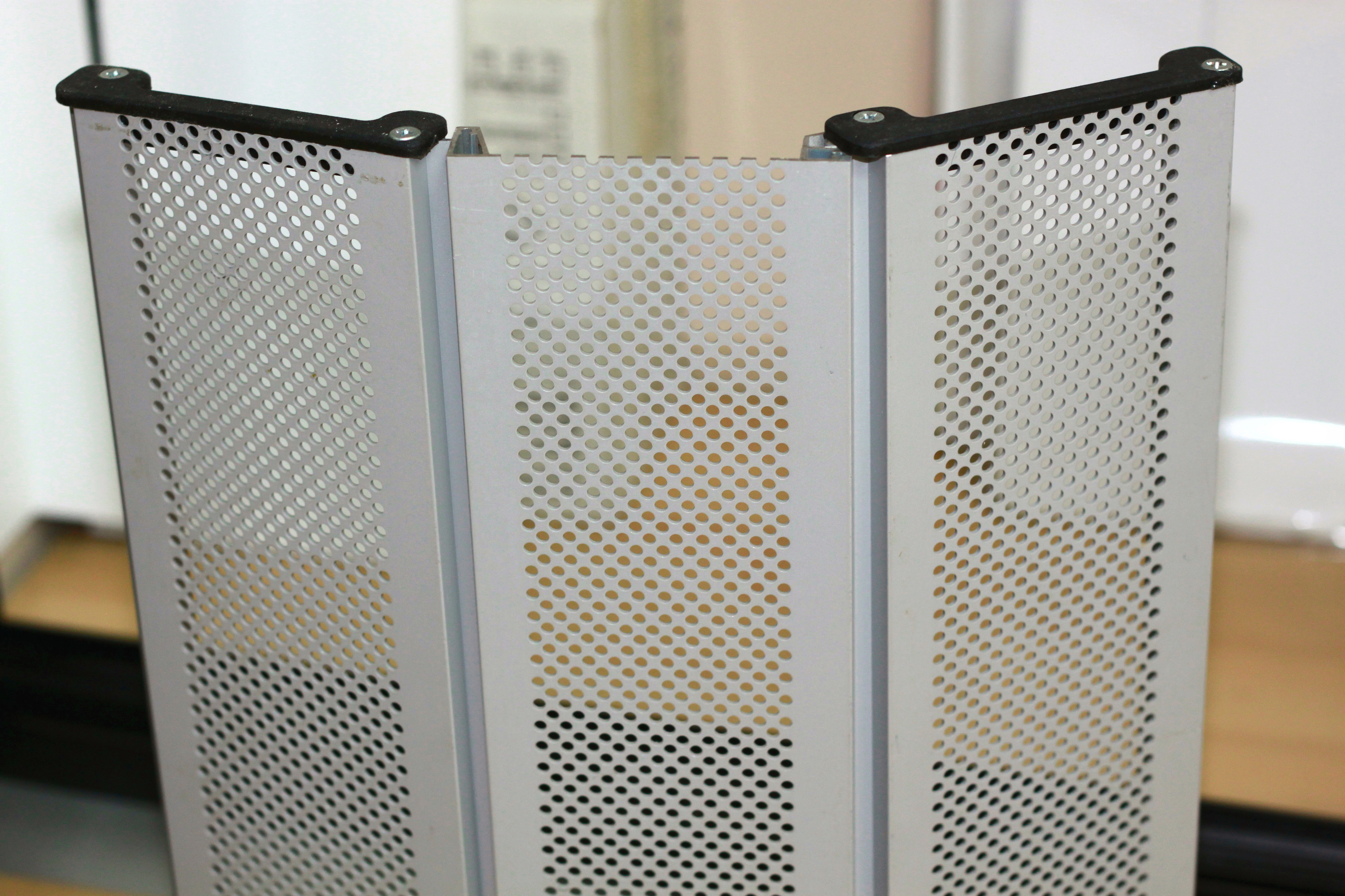 Fabricaci n venta e instalaci n de persianas en barcelona for Persiana de aluminio
