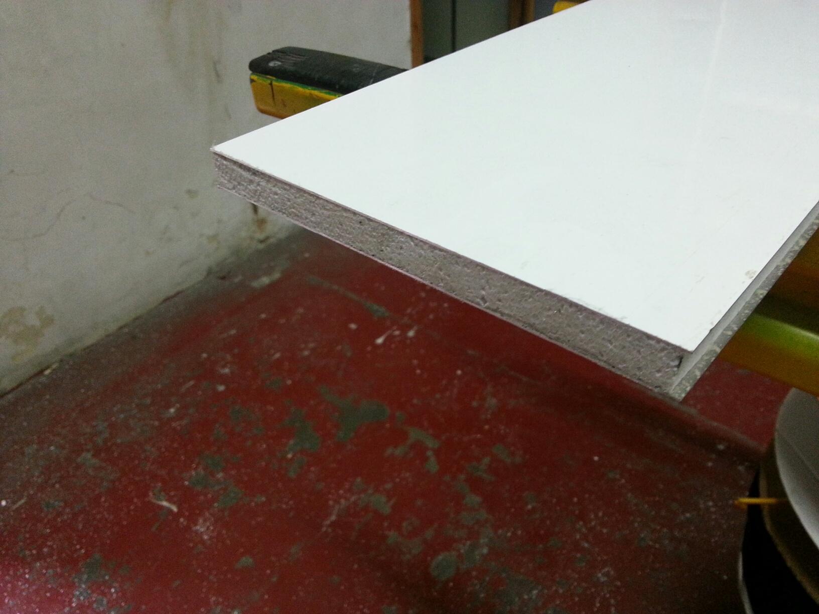 Fabricaci n venta e instalaci n de techos y tejados en for Panel sandwich aluminio blanco