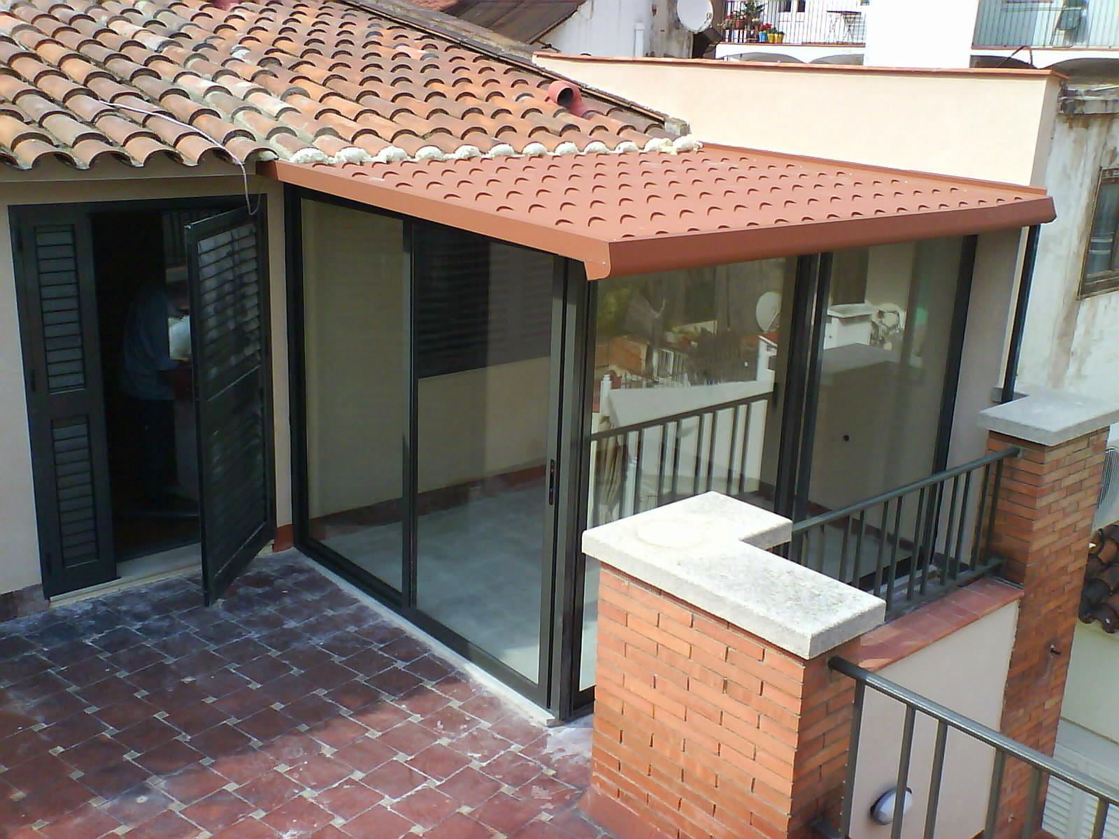 Cerramiento terraza carpinter a de aluminio barcelona for Techos de tejas para patios exteriores