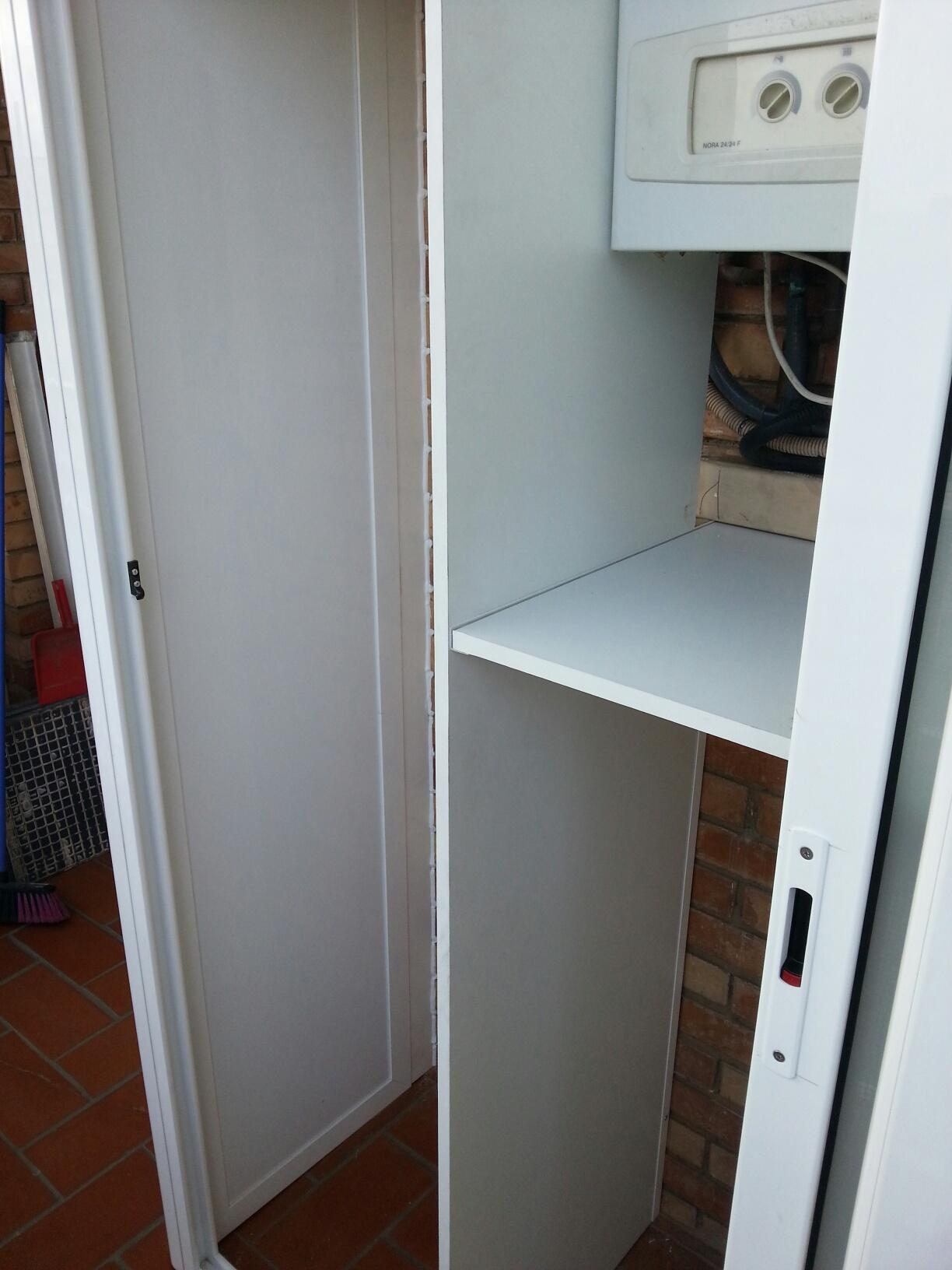 Armario De Exterior Lacado Blanco En Barcelona Carpinter A De  ~ Armarios De Aluminio Para Exterior