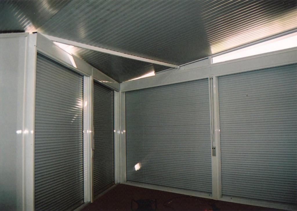 Cerramiento de acero y aluminio en terraza