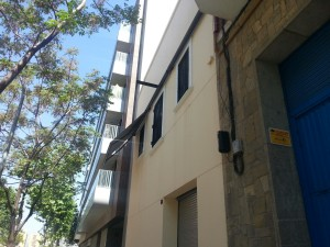 Awnings chest with automatic model Somfy in Barcelona