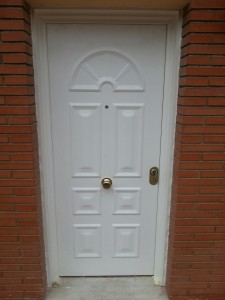 Reinforced door entrance to home