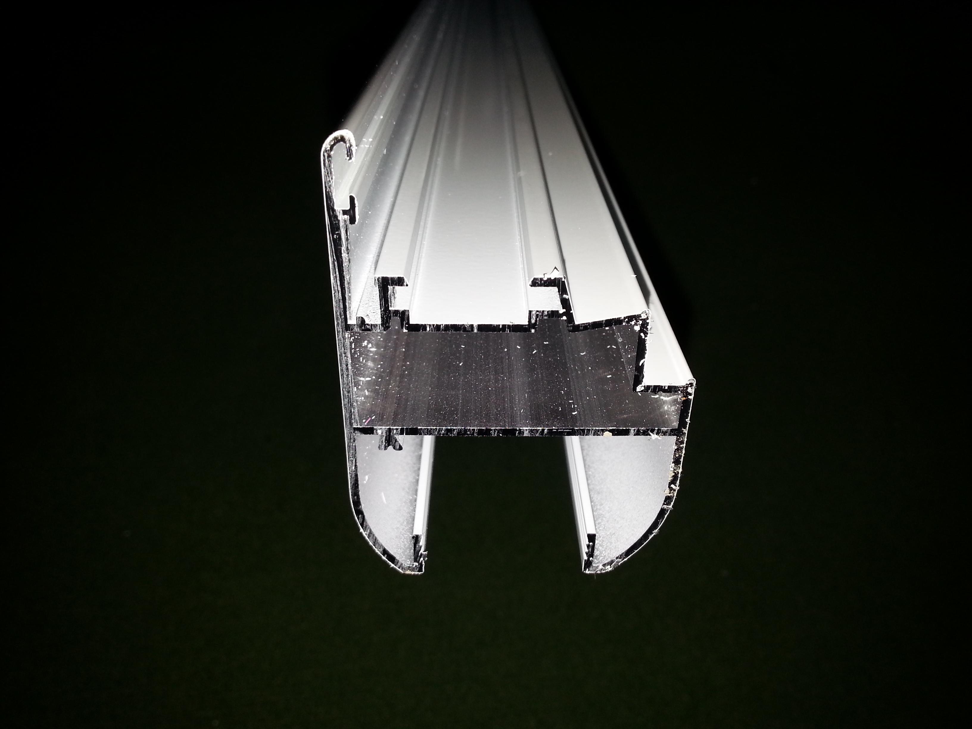 Serie practicable s 350 de alugom por ponsico s c p para for Perfiles de aluminio barcelona