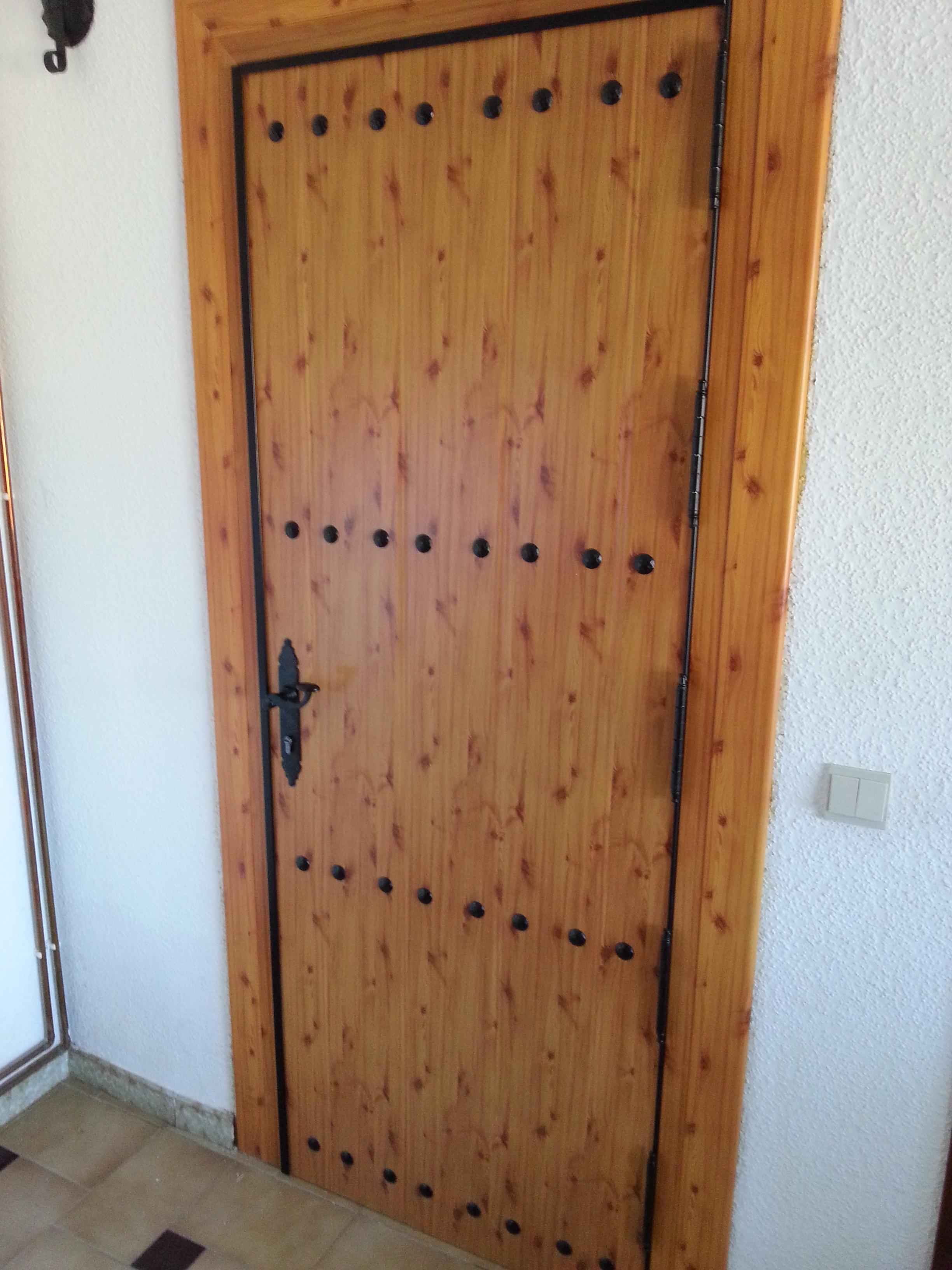 Como lacar una puerta de madera best excellent best como for Cuanto cuesta lacar un mueble en blanco