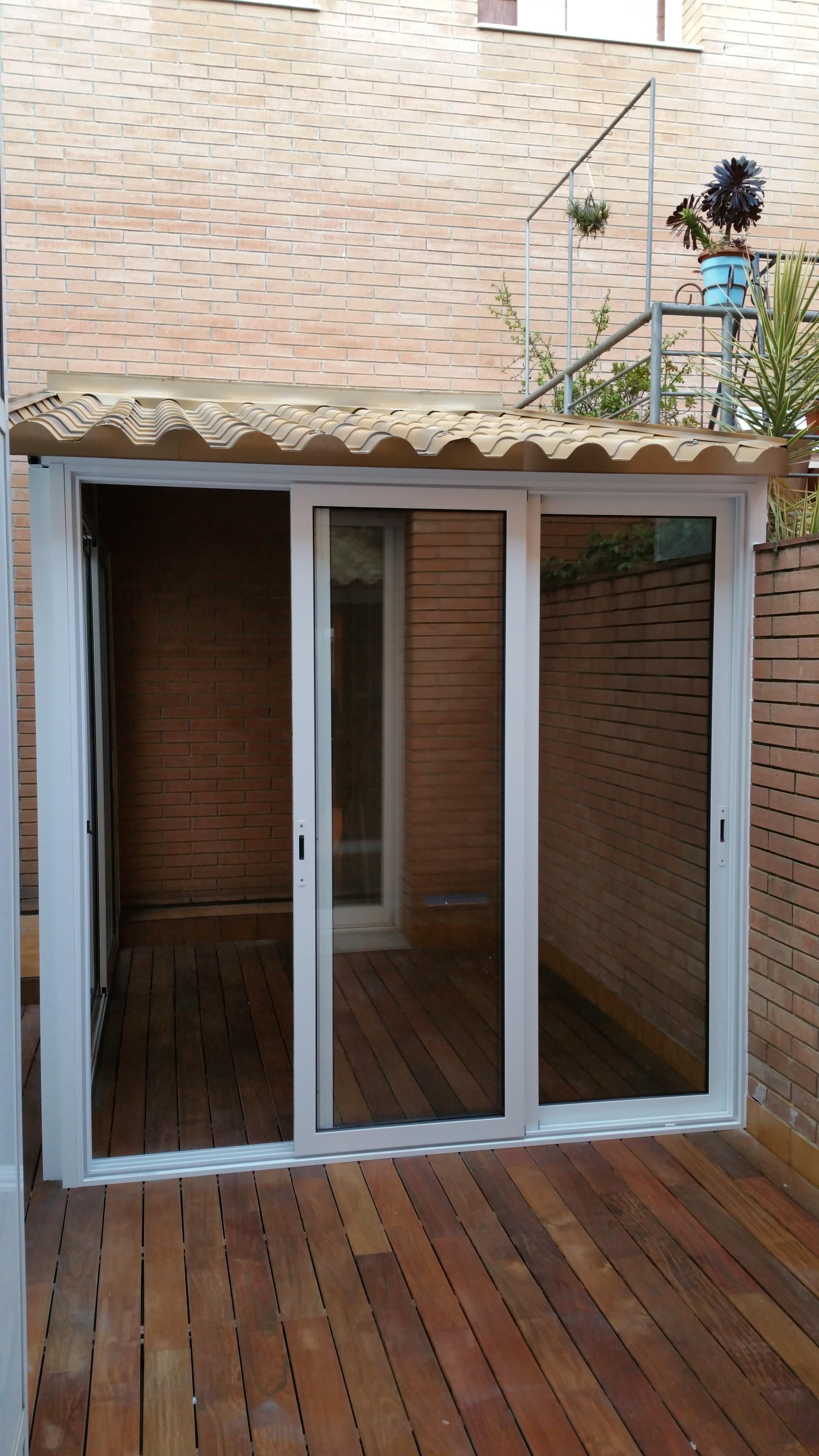 Fabricaci n venta e instalaci n de techado de aluminio for Caseta aluminio terraza