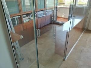 Puerta deslizante de vidrio de seguridad