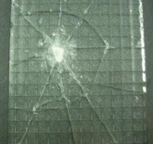 Broken armed glass